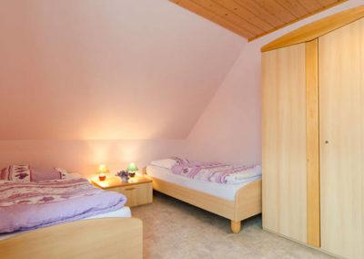 Ferienwohnung-Thiem-Annerl-Zimmer-2